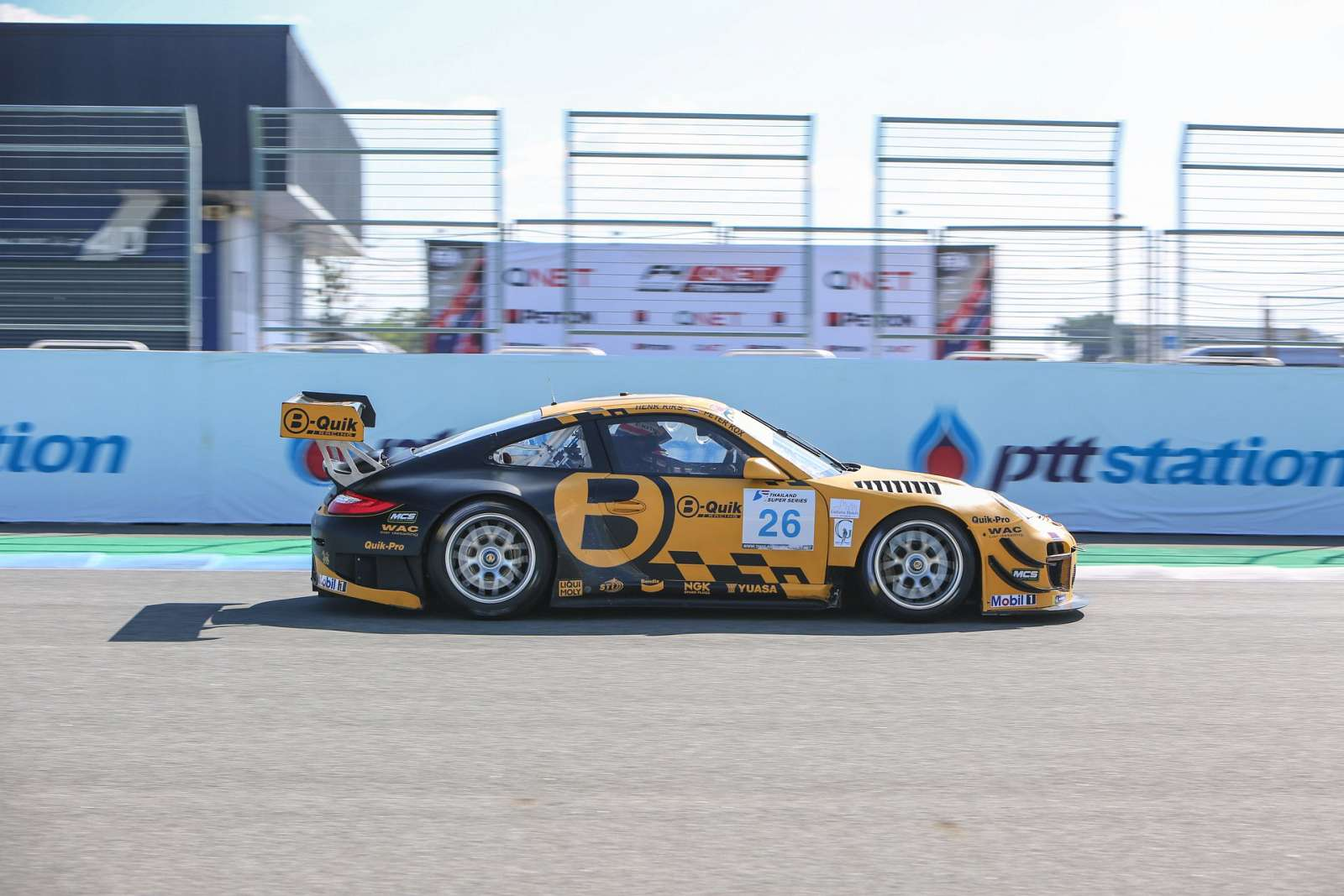 peter-kox-championship-winning-weekend-for-B-QUIK-in-buriram-11
